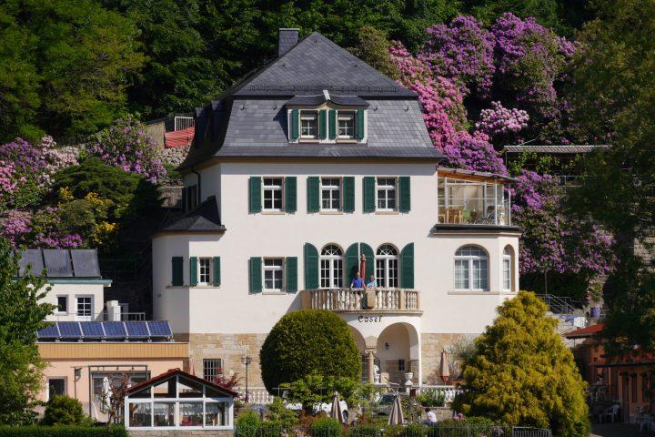 """Die Ferienanlage """"Haus Cosel"""" liegt in Stadt Wehlen."""